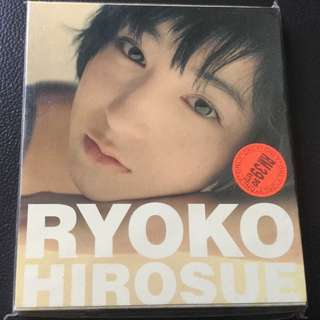Ryoko Hirosue Single Collection