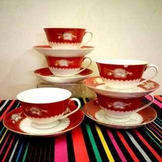 Vintage Seashell cup/saucer Set