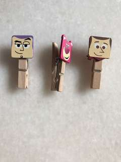 PIXAR Toy Story Wooden Pegs Clips
