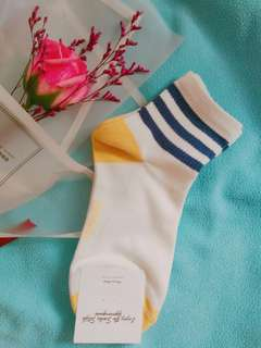 🚚 韓國正品 三條槓網美中筒襪🆕