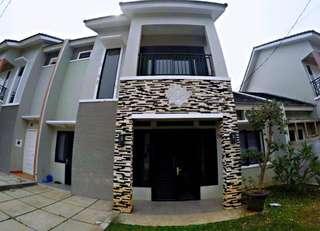 Di jual rumah villa rizky ilhami Type 120/180m2 KT 4 KM 3 full furnished