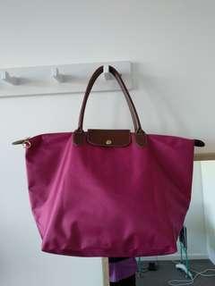 Longchamp style bag not authentic