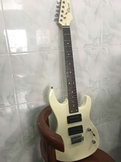 Used chord electric guitar