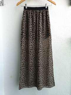 H&M leopard print long Skirt
