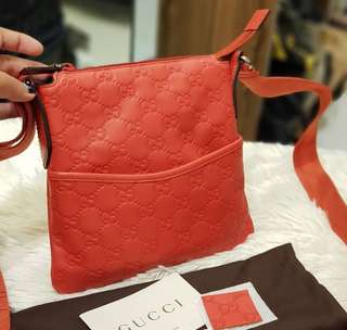 Gucci Guccissima Leather red cross body bag ❤️MARK DOWN SALE P19,995 ONLY❤️ ✖️✖️P23k✖️✖️ Barely used. Good as bnew! With dustbag cards and leather swatch Made in Italy Swipe for detailed pics Cash/card/layaway accepted