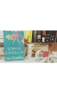 Mini Shopaholic ( Sophie Kinsella)