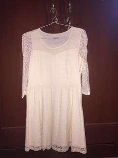Dress Rajut Putih