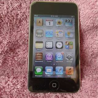 Used but nice condition Ipod Touch 3rd gen 32GB, model A1318