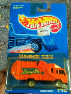 Hot Wheels Recycling truck 1991 brown card