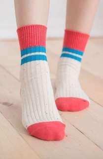 🚚 火力全開888 蒂巴蕾 流行女棉襪/舒適好穿/穿搭更有型