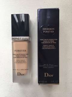 DIORSKIN FOREVER - dior everlasting wear pore refining effect