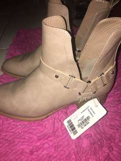Forever21 - Boots