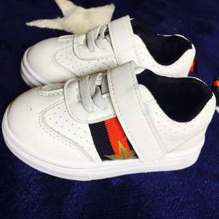 Gucci shoes (replica)