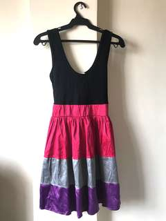Apartment Mini Flow Dress