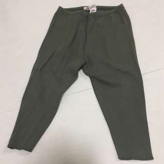 Bonpoint olive green leggings (Size: 24M) Perfect Condition