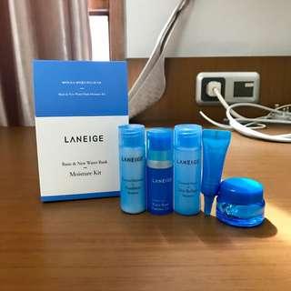 Laneige Moisture Kit (5pcs)