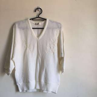 Courser white knit light sweater