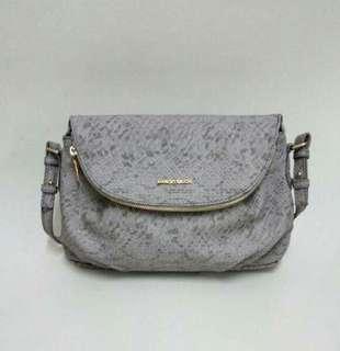🔸Mango Sling Bag