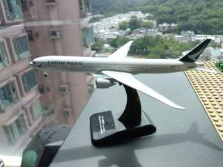 Cathay Pacific 777-300ER (1:500) (冇盒)