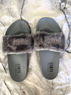 Rihanna puma fenty slides Unauthentic Grey fluffy