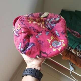 Batik Pouch (GRATIS JIKA BELI CLOTHING)
