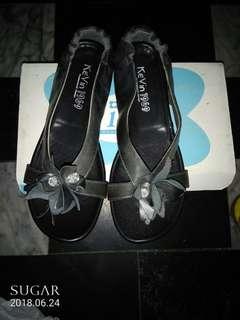 🚚 黑色涼鞋(請出價)