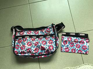 🚚 Used Authentic LeSportsac sling bag