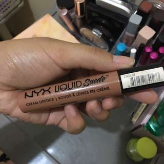 NYX Liquid Suede in Sandstorm