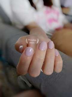 Single tone classic gel nails @ $30