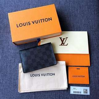 AUTHENTIC LOUIS VUITTON PASSPORT HOLDER