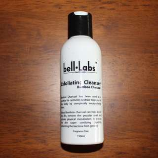 Bell-Labs - Bamboo Charcoal Exfoliating Cleanser