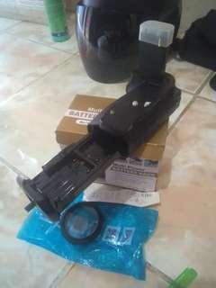 Yang 1,battery pack ( meike ) / canon 70 d + panvlek uv 50 mm