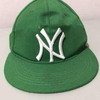 Topi snapback NY hijau