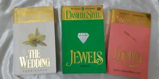 (SEPAKET) Danielle Steel - The Wedding Danielle Steel - Jewels, Danielle Steel - Loving