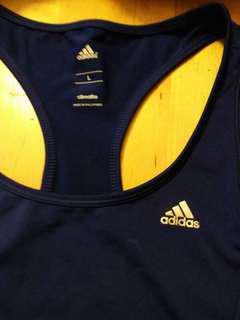 Adidas climalite top.  Size L.  Navy blue colour.  100% 真。  95% 新。 包平郵。