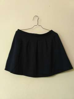 Colorbox short navy skirt