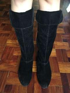 Segue Velvet Knee High Boots