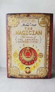 The Magician (2nd Novel of The Secrets of The Immortal)