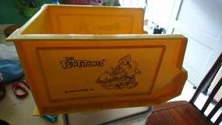 Flinstones Yellow container( FOC)23cm X 14cm X 12cm + 26cm X 20cm X 14cm