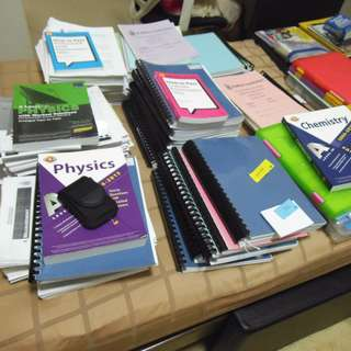 RJC 2016~2017 notes (Physics, Econs, Maths, GP) @$4per subjects buy all @ $10