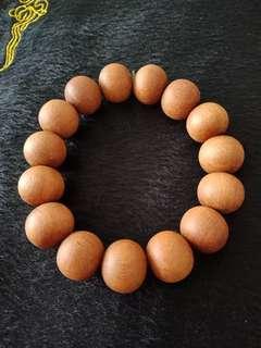 🚚 正宗印度老山檀香紅肉水波紋14.8mm手珠 收藏級品