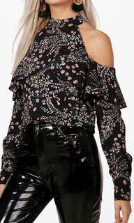Off the shoulder black floral long sleep top