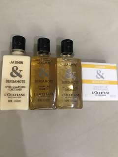 🚚 L'Occitane Travel Shower Set