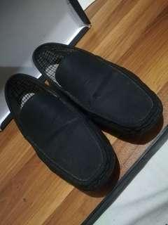 Milanos Matte Black Loafers