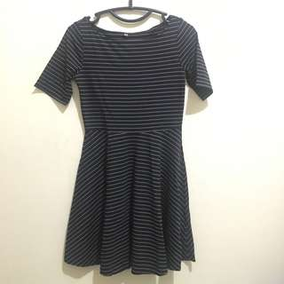 Strip Dress Uniqlo