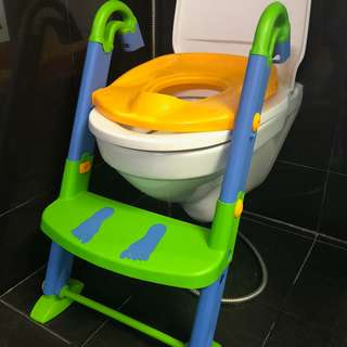 Toddler toilet seat/ trainer