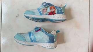 Frozen-Rubber Shoes
