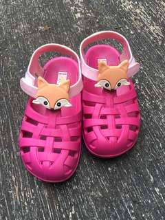 Ipanema rubber shoes for girls