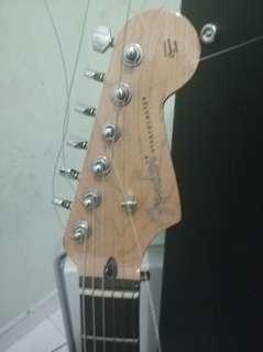 Guitar Fender Sunburst Stratocaster self relic