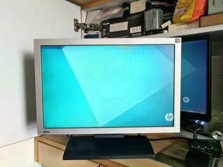 BenQ 19吋FP92W wide Screen LCD Monitor電腦顯示器